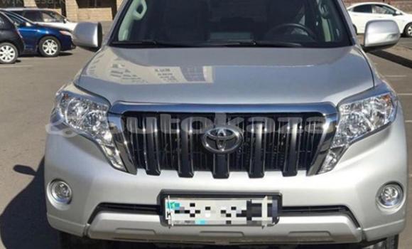 Buy Used Toyota Land Cruiser Prado Silver Car in Astana in Akmola