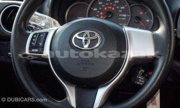 Buy Import Toyota Yaris Red Car in Import - Dubai in Akmecet