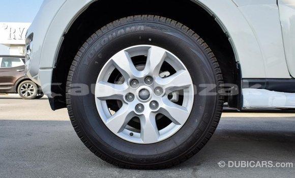 Buy Import Mitsubishi Pajero White Car in Import - Dubai in Akmecet