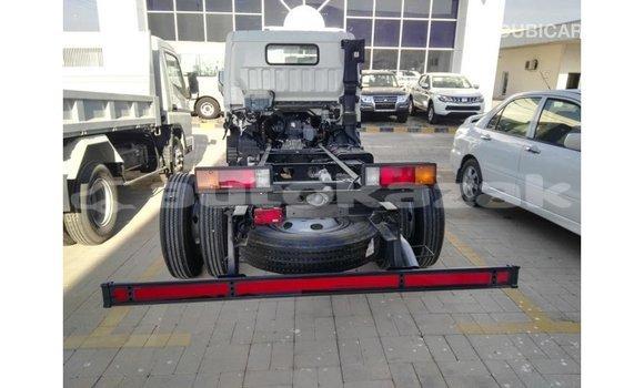 Buy Import Mitsubishi i White Car in Import - Dubai in Akmecet