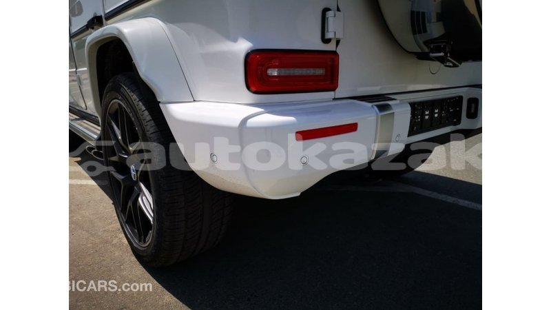 Big with watermark mercedes benz 190 akmecet import dubai 3458