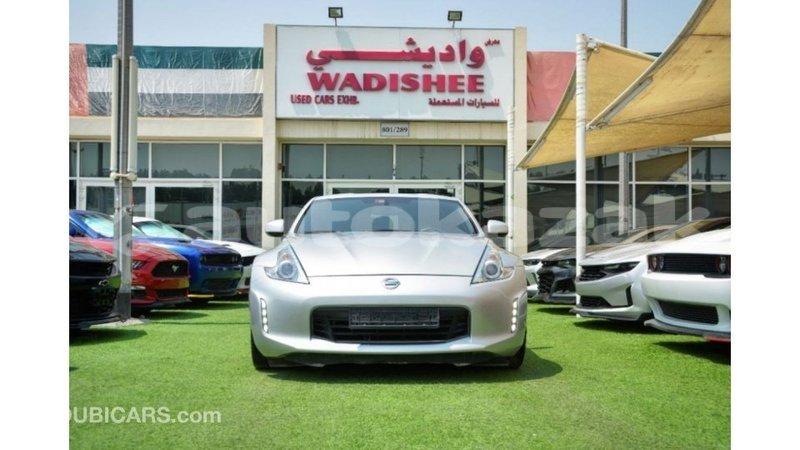Big with watermark nissan 370z akmecet import dubai 4096